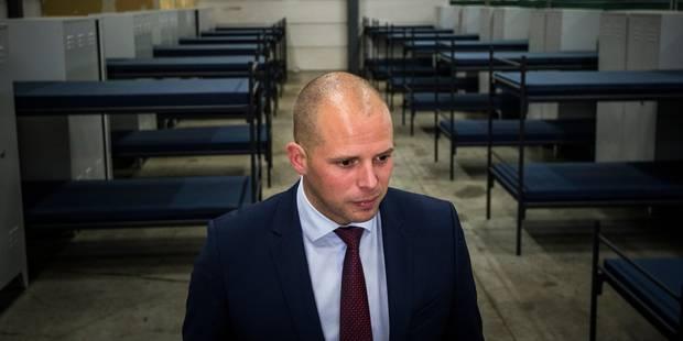 """Le """"nettoyage"""" du secrétaire d'Etat à la Migration Theo Francken suscite l'indignation - La Libre"""