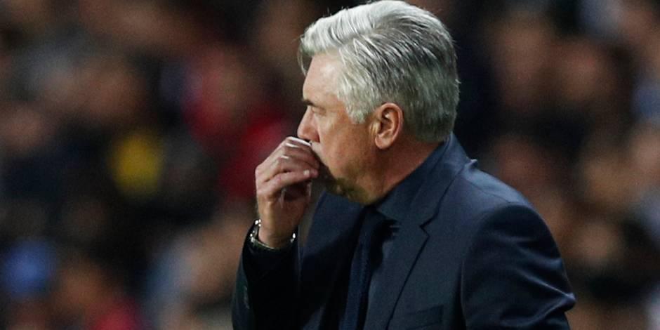 Ancelotti menacé après la débâcle à Paris
