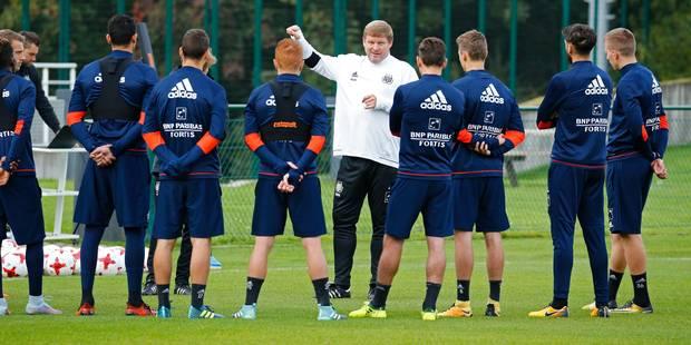 Hein Vanhaezebrouck avec 10 joueurs pour sa première, mais toujours sans staff (VIDEOS) - La Libre