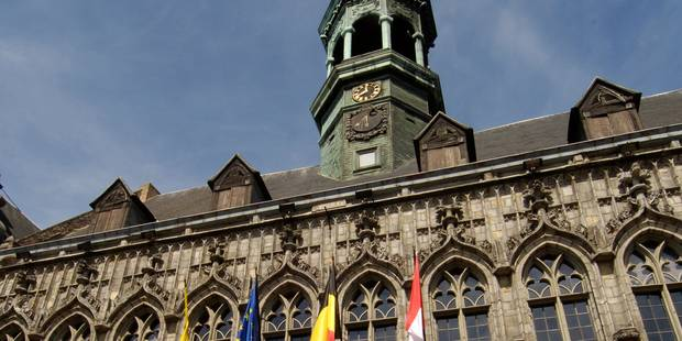 Le MR interdit de salle à l'hôtel de ville à Mons - La Libre