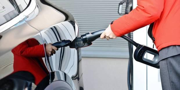 Huit véhicules sur dix rouleront encore avec des énergies fossiles en 2040 - La Libre