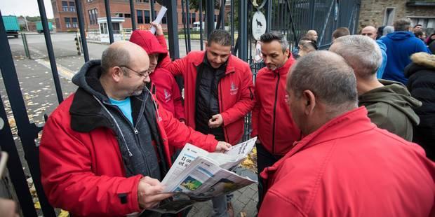 FN Herstal: Les ouvriers affiliés à la FGTB votent la poursuite de la grève et iront à Namur - La Libre