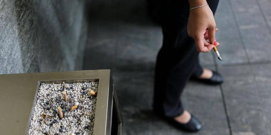 Faut-il récompenser les employés qui ne fument pas? (RIPOSTES) - La Libre