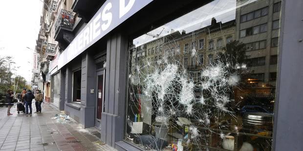 Emeutes à Bruxelles: la police a déjà récolté 160 images des violences, la bilan se précise (VIDEO) - La Libre
