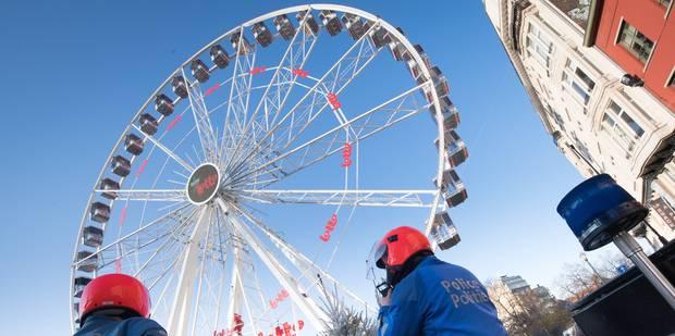 27 ans après... La grande roue de retour pour les fêtes à Namur - La Libre