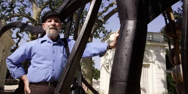 Décès du peintre et sculpteur brésilien Frans Krajcberg, défenseur de la forêt amazonienne - La Libre