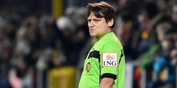 """""""Y a-t-il un arbitre dans les tribunes?"""": scène surréaliste lors du match Malines-Genk - La Libre"""