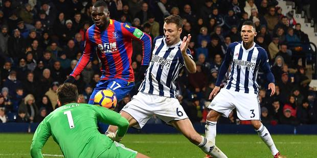 Belges à l'étranger: Benteke s'enfonce avec un penalty manqué, Isaac Mbenza et Baptiste Guillaume décisifs en Ligue 1 (V...