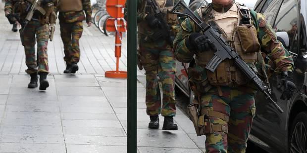 Des militaires rattrapent un fauteur de troubles à Ixelles - La Libre