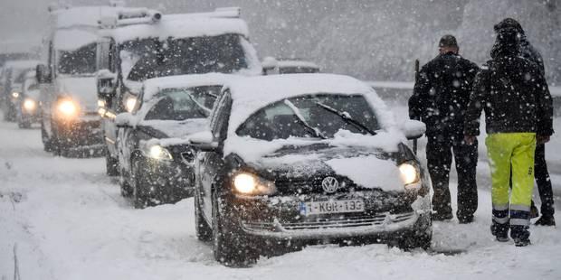 Prudence: des chutes de neige et du verglas prévus lundi soir et mardi matin - La Libre