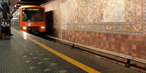 Une personne mortellement percutée par un métro à la station Simonis - La Libre