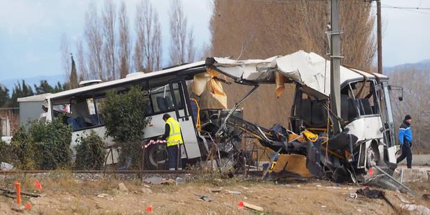Accident de bus à Millas en France: Des versions contradictoires sur les causes de la collision - La Libre