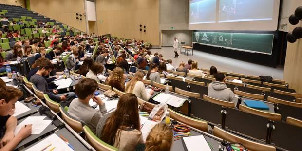 Les étudiants de l'UCL souhaitent davantage de tests certificatifs - La Libre