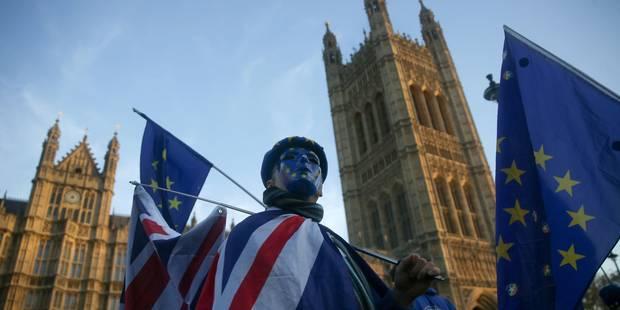 """Theresa May: """"La date du Brexit pourrait être exceptionnellement décalée"""" - La Libre"""