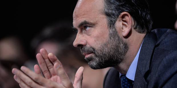 Le vol coûteux du Premier ministre français à nouveau critiqué - La Libre