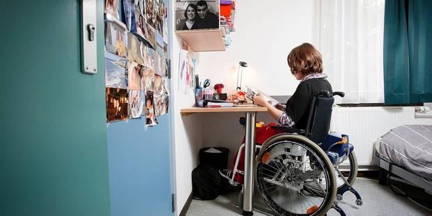 Trop peu de logements destinés aux personnes handicapées à Bruxelles - La Libre