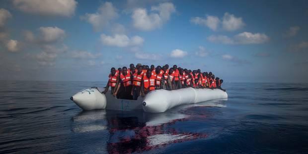 Immigration : 255 personnes secourues en Méditerranée - La Libre