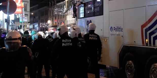 Emeutes à Bruxelles : 2 ans de prison requis pour un jeune impliqué dans les émeutes - La Libre