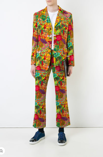 Comme des garçons vintage. Costume en velours.                              3309 euros.