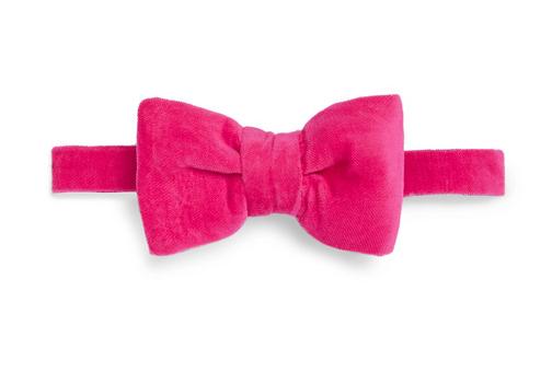 Tom Ford. Pre-Tied Velvet Bow Tie.                           170 euros.