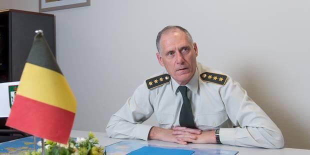 Eddy Testelmans, l'ancien chef des renseignements de l'armée, sous le feu des critiques - La Libre
