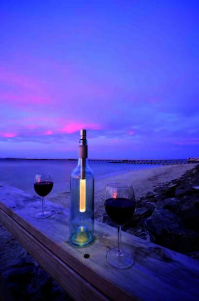 Bottle Light, disponible à 19,95 € au lieu de 22,50 € pendant la période de la Saint-Valentin sur                                                    Decovry.com.