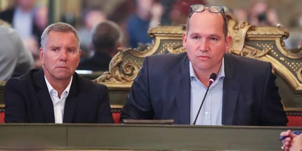 Visites domiciliaires: le conseil communal de Bruxelles demande de renoncer au projet de loi, le MR s'abstient - La Libr...