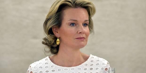 """La reine Mathilde aux enfants : """"Le cyber-harcèlement, c'est vraiment nul"""" - La Libre"""