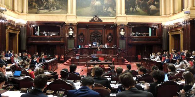 """Jeugd Parlement Jeunesse: """"Beaucoup de personnes ont peur du mot politique"""" - La Libre"""