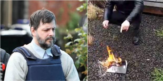 Un homme brûlant le livre sur Marc Dutroux arrêté à Bruxelles - La Libre