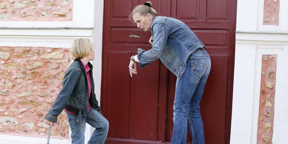 Faut-il faire payer les parents dont les enfants arrivent en retard à l'école ? (RIPOSTES) - La Libre