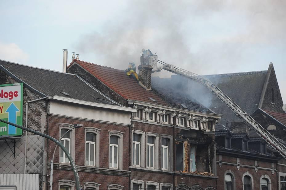 La démolition du bâtiment a commencé — Explosion rue Grétry