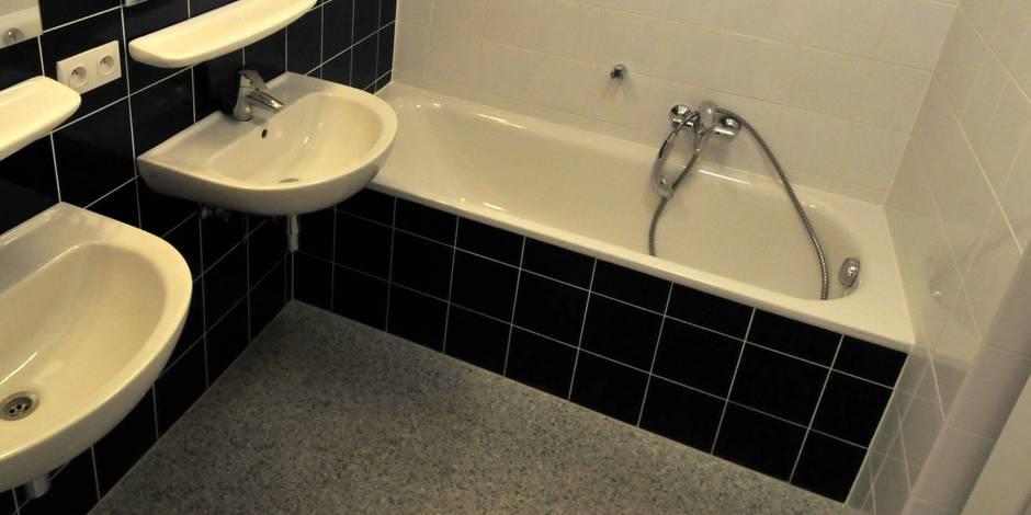 Hugo, 14 ans, électrocuté dans son bain à cause de son GSM