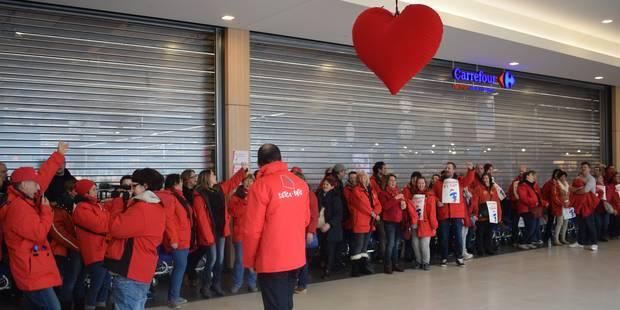 Le Carrefour de Belle-Ile à Liège sera en grève pour deux jours - La Libre