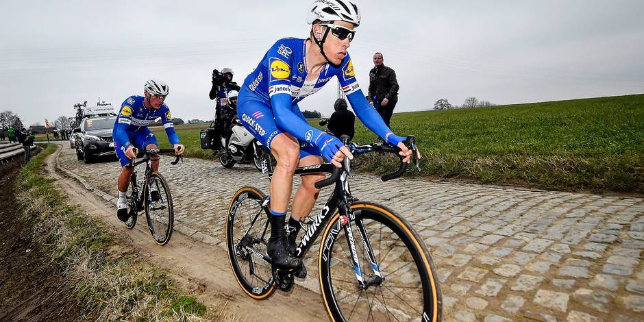 Belgian Yves Lampaert of Quick-Step Floors and Dutch Niki Terpstra of Quick-Step Floors pictured in action during the 61st edition of the 'E3 Prijs Vlaanderen Harelbeke' cycling race, 206,5 km from and to Harelbeke, Friday 23 March 2018. BELGA PHOTO DIRK WAEM