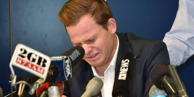 Scandale du cricket: le capitaine australien fond en larmes durant la conférence de presse (VIDEO) - La Libre