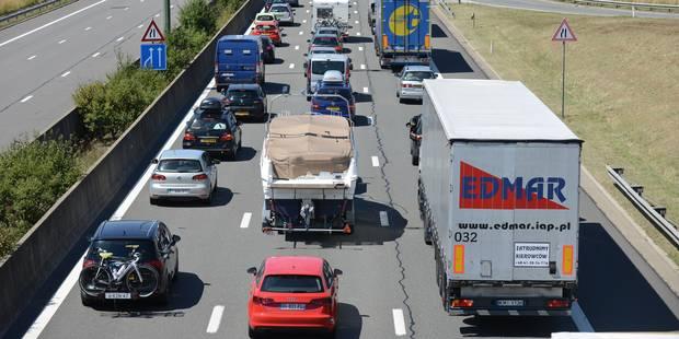 Déjà plus de 180 km de files sur les routes à la veille du week-end de Pâques - La Libre