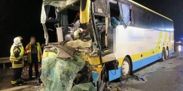 Accident d'un autocar belge en Allemagne: un dossier ouvert au parquet de Louvain - La Libre