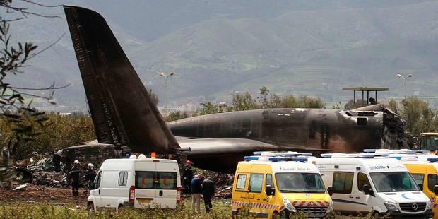 Un avion militaire s'écrase près d'Alger: 257 morts - La Libre