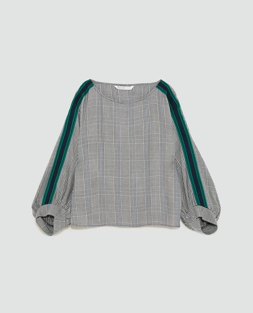 Zara. Top à carreaux et bande.         25,95 euros