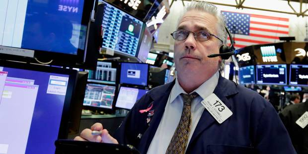 Wall Street clôture en baisse, craint des frappes militaires en Syrie - La Libre
