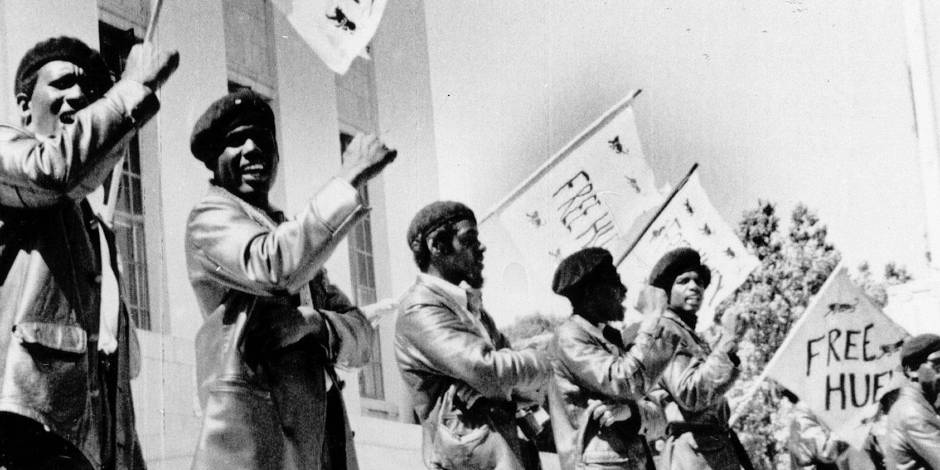 Black Panthers protest demonstrate against trial of Huey Newton in Oakland (Alameda County Courthouse), CA. 06-15-1968. Copyright: Reporters / Everett